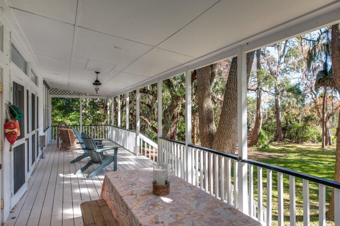 70 White House Lane, Bluffton, South Carolina 29910, 3 Bedrooms Bedrooms, ,2 BathroomsBathrooms,Single Family Home,Rental Listings,White House Lane,1028